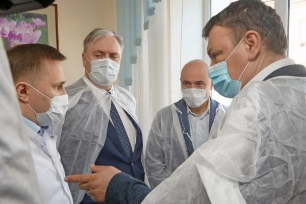 Липецкий губернатор Игорь Артамонов предложил врачам «лечить мозг»