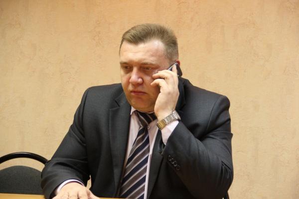 Депутаты горсовета обошли Устав Липецка и не стали лишать Сергея Столповского мандата