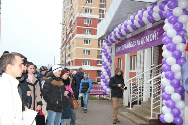 В Липецкой области до конца 2018 года на покупку жилья для детей-сирот потратят 320 млн рублей