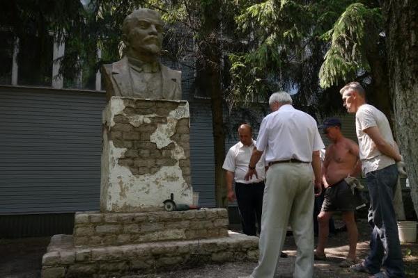 Липецкие коммунисты позаботились о Ленине