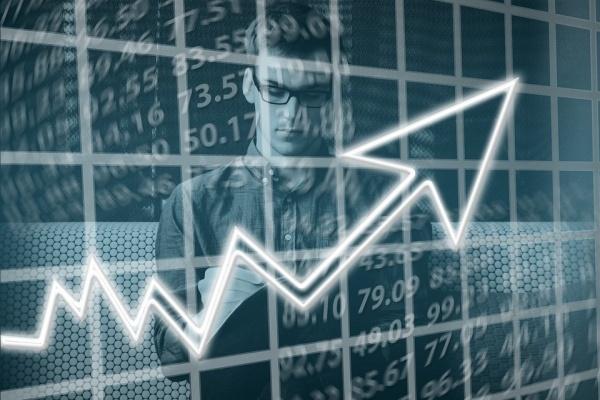 Производители авто и одежды «подпортили» статистику экономического развития Липецкой области