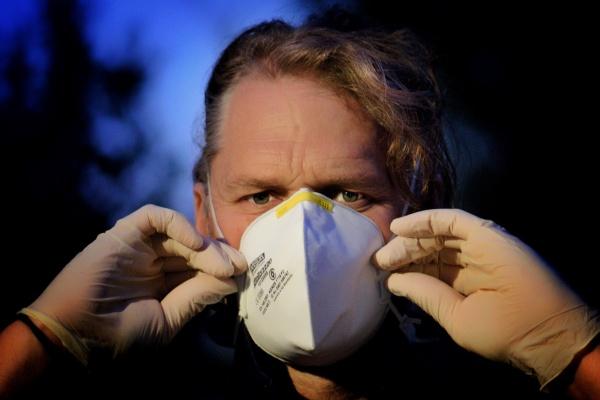 Несмотря на угрозу распространения коронавируса в липецких аптеках нет масок