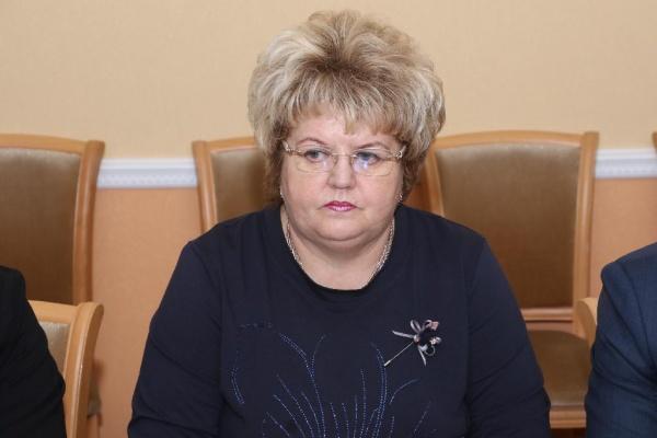 Депутатское кресло бывшего губернатора Липецкой области официально заняла директор тепличного комбината