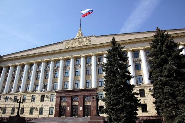 Только один депутат липецкого облсовета не одобрил поправки Владимира Путина в Конституцию