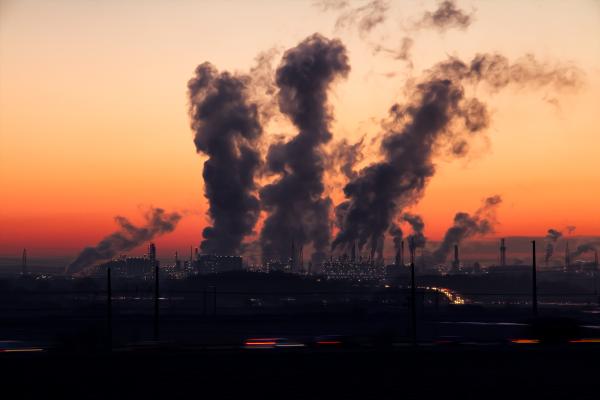 В Липецке проверят воздух вблизи крупных предприятий и магистралей