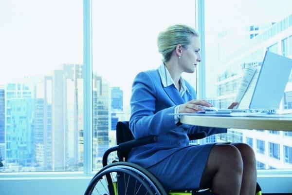 Липецких инвалидов научат навыкам ведения бизнеса