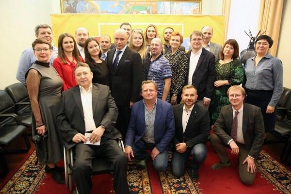 Врио главы Липецкой области перепутал блогеров с журналистами