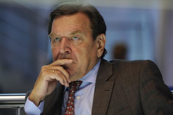 В Липецкую область на открытие завода может приехать экс-канцлер ФРГ Герхард Шредер
