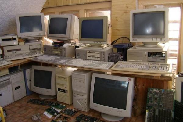 Липецкая компания «Утилизация оргтехники» из старых компьютеров намерена производить тротуарную плитку