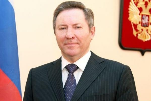 Совет Федерации досрочно прекратил полномочия сенатора от Липецкой области Олега Королёва