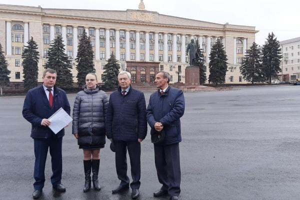 Депутаты-коммунисты будут бойкотировать работу липецкого облсовета