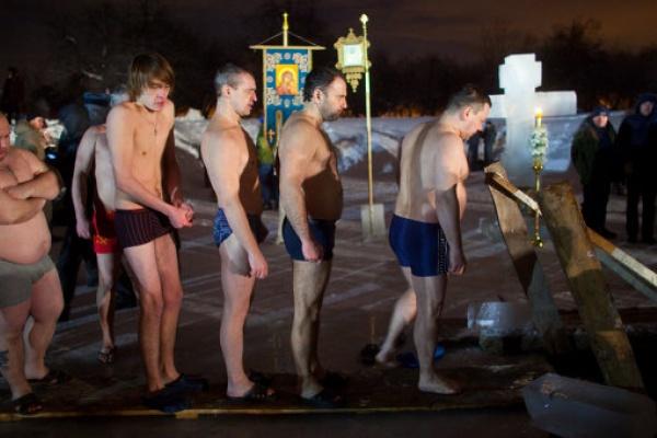 Роспотребнадзор начал внеплановую проверку в отношении администрации Липецка за крещенские купания