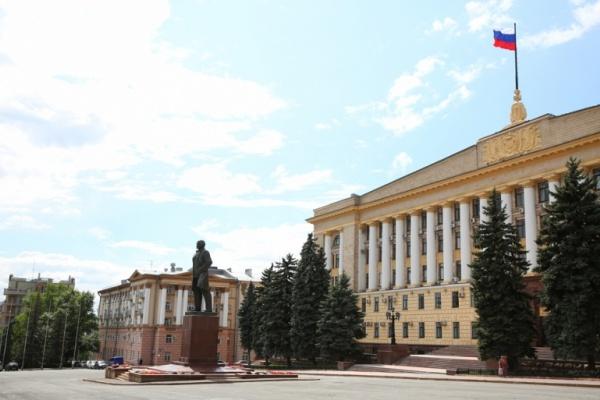 Липецкий депутат-коммунист предложил отправить в музей действующую власть, а не Ленина с Соборной площади