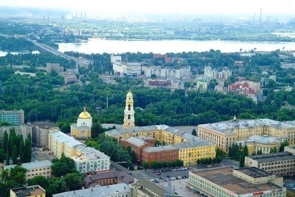 В Липецке массово эвакуировали посетителей торговых центров, гостиниц и административных зданий