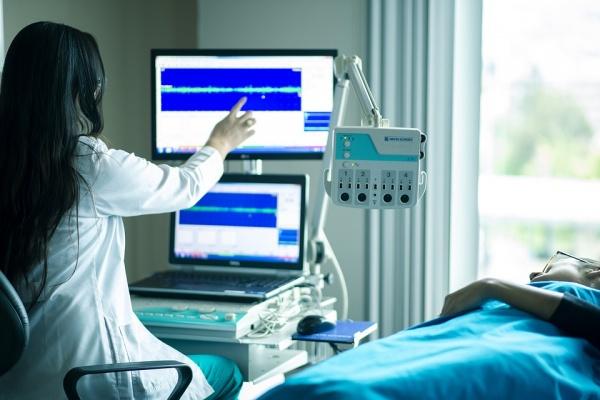 Трудовая инспекция подтвердила нарушения в начислении зарплаты сотрудникам липецкой медсанчасти