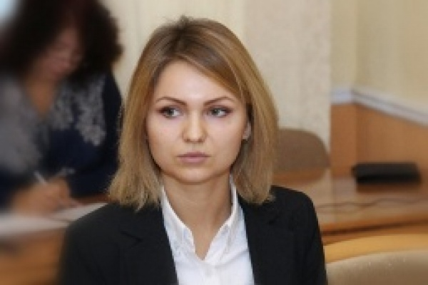 Уход из липецкого облсовета Ольги Сотниковой увеличил шансы бывшего губернатора занять кресло сенатора