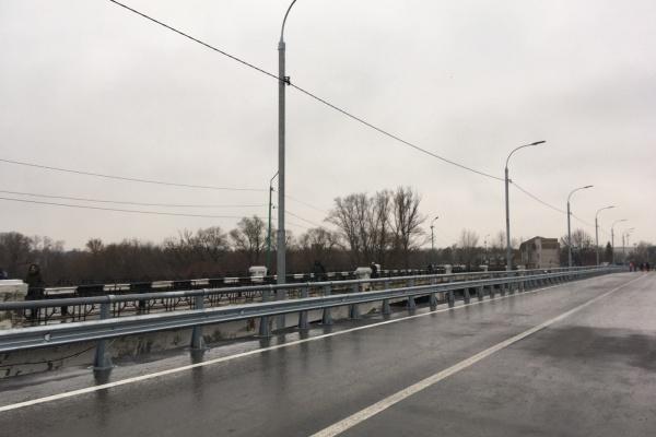 Липецкое управление строительства требует 2,7 млн рублей с подрядчика за некачественную реконструкцию Петровского моста