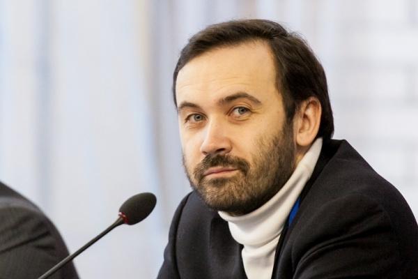Депутат Госдумы Илья Пономарев отказался от денежной помощи липецкого бизнесмена