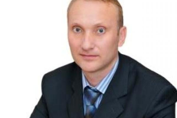 Депутаты доверили руководить Добровским районом Липецкой области Анатолию Попову пока с приставкой «и.о.»