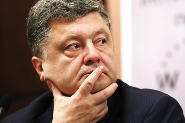 Петр Порошенко пока не может продать свою корпорацию ни в Киеве, ни в Липецке - Bloomberg