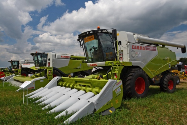 Липецкие аграрии отправили более 60 заявок на участие в «антивирусной» лизинговой программе