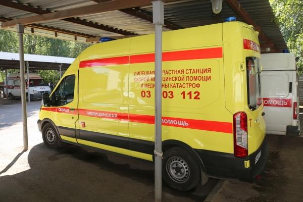Сотрудники липецкой станции скорой помощи добиваются выплат за работу в «красной зоне»