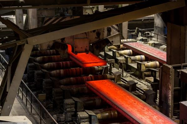 Новолипецкий меткомбинат и Группа ОМК продлили на 5 лет контракт на поставку стальных заготовок для труб большого диаметра