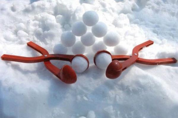 В Липецке изобрели уникальную игрушку для изготовления снежков