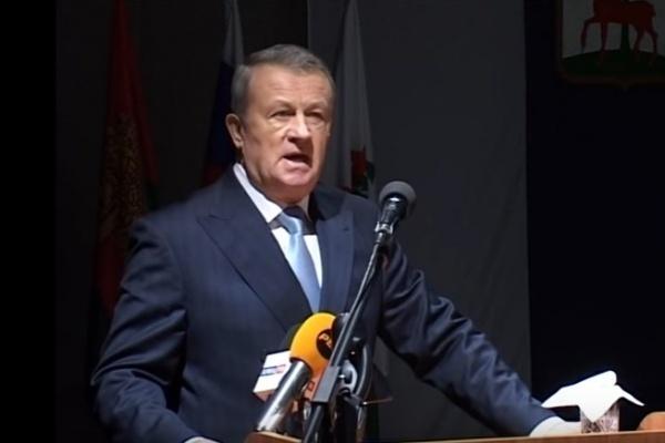 Скандального экс-мэра Ельца Виктора Соковых лишили привилегий и льгот