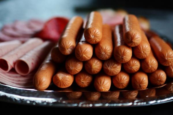 Обанкротившийся липецкий мясокомбинат купила бизнес-леди из Воронежа