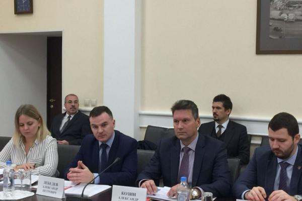 Минстрой оценил работу Липецкого ФКР по ускоренной модернизации лифтов в регионе