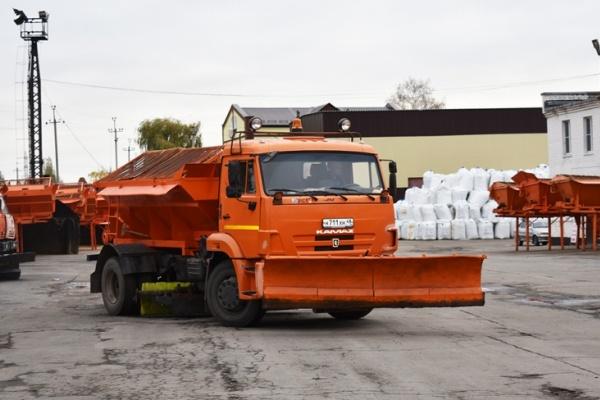 Служебные авто и спецтранспорт мэрии Липецка «съедают» в квартал по 12 млн рублей бензина