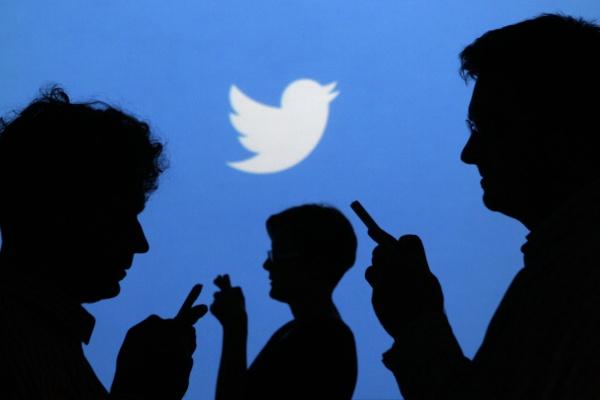 Роскомнадзор переведет закон о блогерах на английский для Twitter