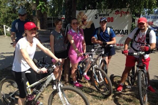 В Тамбове сотрудники Сбербанка организовали велопробег по городу