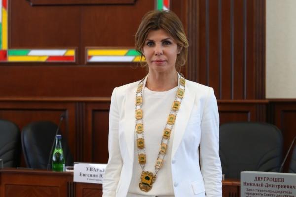 Глава Липецка Евгения Уваркина отдаляется от тройки лидеров в медиарейтинге