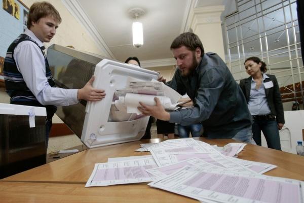 Олег Королёв лидирует с большим отрывом
