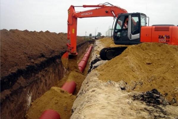 Липецкие власти пообещали народу решить вопрос строительства водопровода и ликвидации несанкционированной свалки