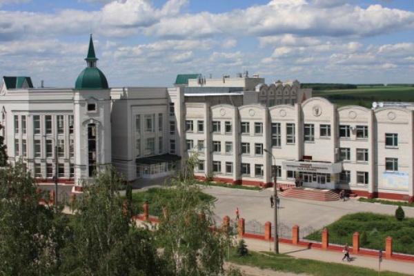 Ректор госуниверситета Ельца заменит «саму себя» на посту?