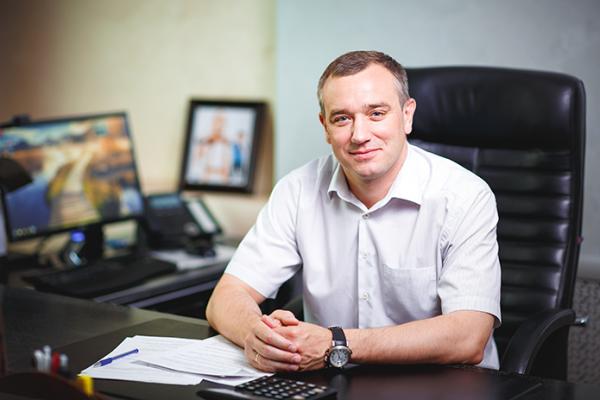 Председатель совета директоров ГК СУ-5 Михаил Захаров может перекинуть свой бизнес из Липецка в Сочи?