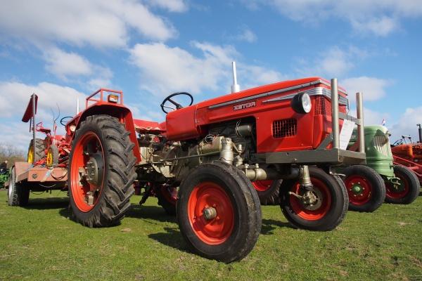 В Липецке хотят наладить выпуск чешских тракторов Zetor