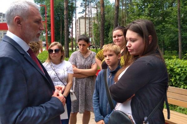 Жители Липецкой области пожаловались Алексею Журавлёву на экологию и здравоохранение