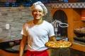 Жители Липецка в условиях самоизоляции неохотно пользуются услугами доставки еды на дом