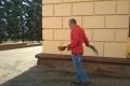 Липецкий общественник «освятил» водой здание областной Администрации